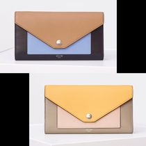 ★NEW【CELINE】POCKET TRIFOLDED 長財布 (Light Camel or Corn)