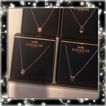 Private BOX with COACH Crystal logo necklace