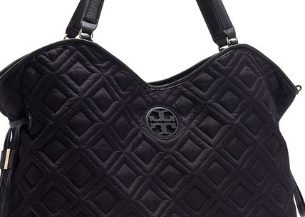 Tory Burch マザーズバッグ 最新作期間限定セールトリーバーチ marion QUILTED  BABY BAG(3)