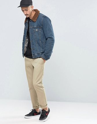ASOS Denim Jacket With Brown Borg in Mid Wash