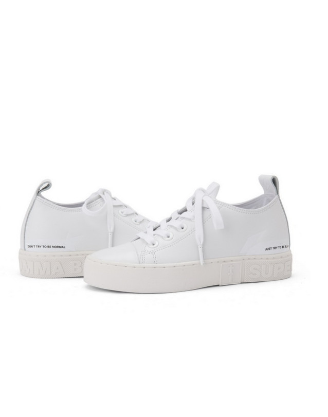 ☆SUPERCOMMA B☆ Classic low-top sneakers