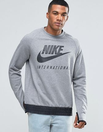 Nike International Crew Sweatshirt In Grey