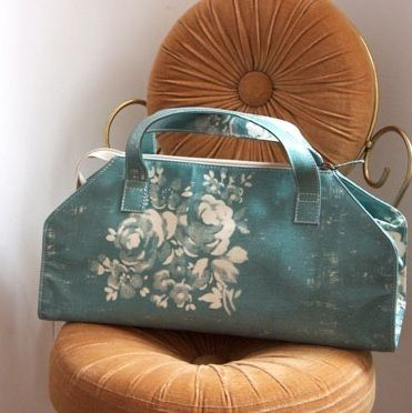 Lisa Stickley London ☆花柄 vanity bag 横長♪