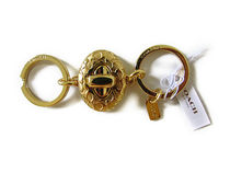COACH Signature Turnlock Valet Key Ring Keychain F65501