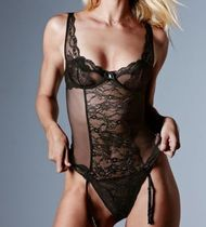 ☆Victoria's secret Chantilly Lace & Meshボディースーツ☆