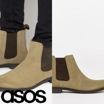 ASOS(エイソス) ブーツ 売切確実ASOS Chelsea Boots in Stone Suede With Back Pull