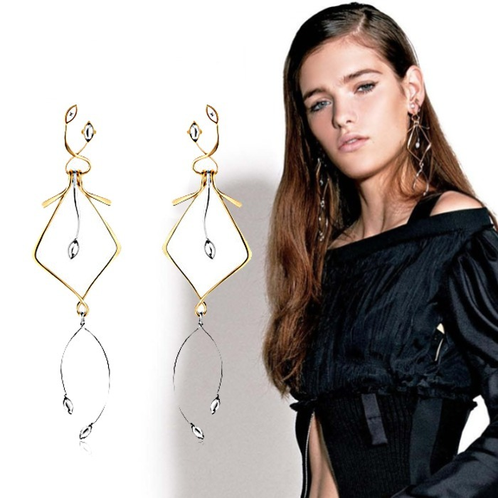 Louis Vuitton ルイヴィトン Wish Bone Earrings ピアス
