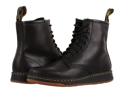 Dr.Martens Newton 8-Eye Boot シューズ