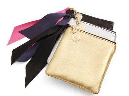 Le junev Sheepskin Ribbon with mini Pouch ()