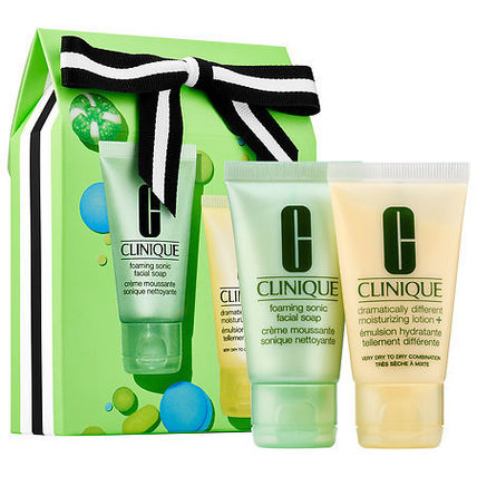 Clinique☆限定セット(Sparkle & Glow for Drier Skins)
