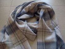 JOHNSTONS OF  ELGINのスカーフ/extrafine merino wool 100%