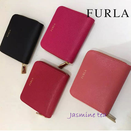 Already in stock and FURLA small zip leather wallet