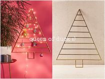 Urban Outfitters(アーバンアウトフィッターズ) インテリア雑貨 送込_国内発送_UO*Metal Holiday Tree ツリー型壁掛け♪
