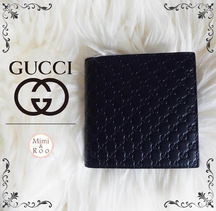 Elegant GUCCI available * leather mens two bifold wallet