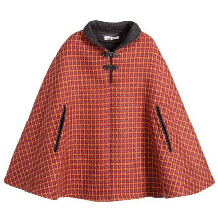 Girls red woollen cape