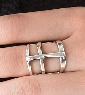 Pamela Love RING cross 3 pile with wind silver cross