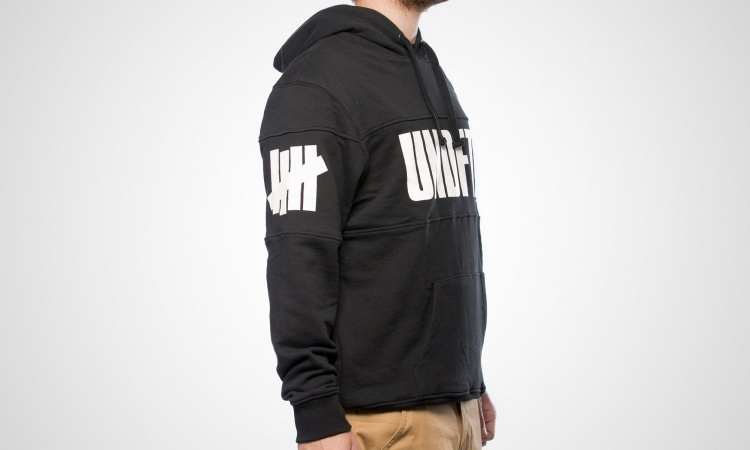 15AW[UNDEFEATED]ESTORIAL PULLOVER HOODIE パーカー【送料込】