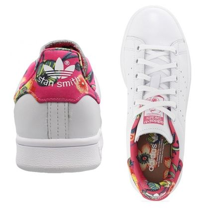 adidas スニーカー 完売前に!!☆adidas×The FARM☆ STAN SMITH 花柄