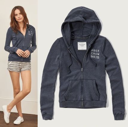 Abercrombie & Fitch パーカー・フーディ ★即発送★在庫あり★A&F★Embroidered Logo Graphic Hoodie★