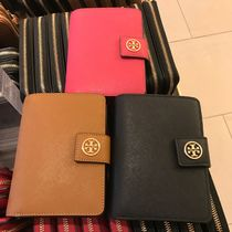 Tory Burch セール!Robinson French Fold 二つ折り財布