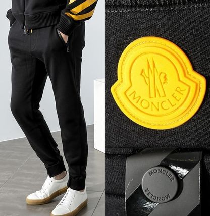 ★ MONCLER X OFFWHITE★注目のコラボアイテム! Training Pants