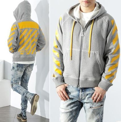 ★ MONCLER X OFFWHITE★注目のコラボアイテム! yellow
