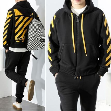 ★ MONCLER X OFFWHITE★注目のコラボアイテム! 8400050 999