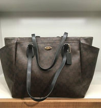 Coach コーチ Mother Bag