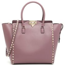 16-17AW V598 ROCKSTUD DOUBLE HANDLE MEDIUM TOTE