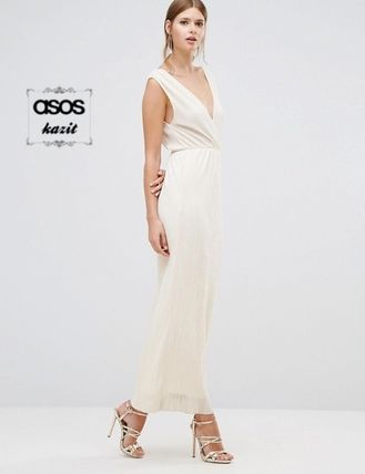 * Oh My Love * plates plunge Maxi dress /IVORY