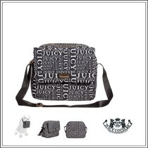 JUICY COUTURE(ジューシークチュール) ベビーその他 JUICY COUTURE☆BLACK LOGO BABY CHANGING BAG & MAT (34CM)