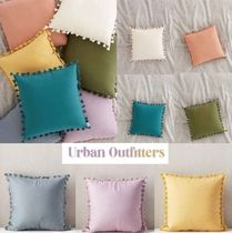 Urban Outfitters(アーバンアウトフィッターズ) クッション・クッションカバー New!国内発送UO*タッセルピロー♪1点or2点セット