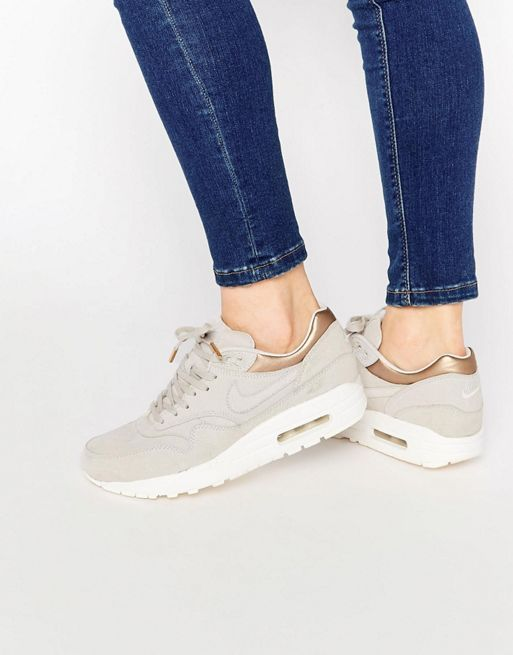 【関税送料込】Air Max 1 Premium Suede Trainers☆