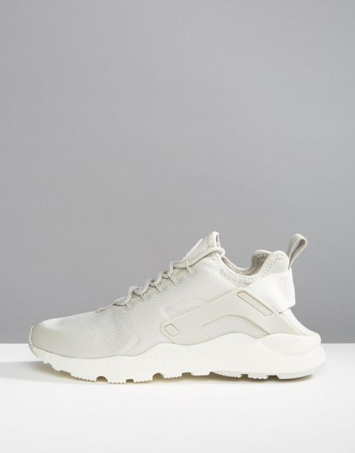 【関税送料込】Air Huarache Run Ultra Trainers In Light Bon☆