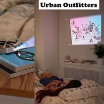 Urban Outfitters(アーバンアウトフィッターズ) AV機器(オーディオ・映像) 【関税込】●Urban Outfitters●便利なワイヤレスプロジェクター