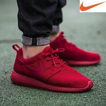 Men's NIKE ROSHE ONE SNEAKER