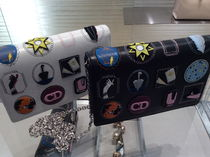 LADY DIOR Embroideredチェーン Wallet Clutch 2colors