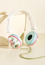 modcloth(モドクロス) AV機器(オーディオ・映像) ◆大人気 Swoons and Tunes Headphones in Pink Roses