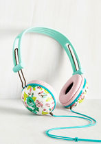 modcloth(モドクロス) AV機器(オーディオ・映像) ◆大人気 Swoons and Tunes Headphones in Teal Roses