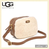 セレブ愛用者多数☆UGG☆Claire Box Zip Cross Body Bag