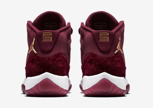 【NIKE】AIR JORDAN 11 GS RED VELVET 852625-650