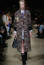 MM062 LOOK22 FLORAL GOBELIN COAT WITH BADGE