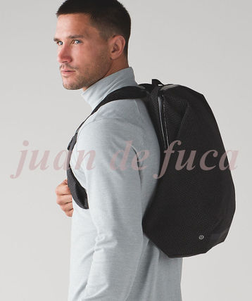 lululemon バックパック・リュック 【LULULEMON】Surge Run Backpack REFLECTIVE☆saint j t black(11)
