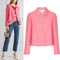 MM090 CROPPED CREPE JACKET WITH JEWEL BUTTON