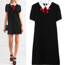 MM097 JERSEY MINI DRESS WITH PRINTED SILK COLLAR & BOW