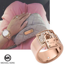送料&関税込♪ Michael Kors☆ Rose Gold Padlock Ring