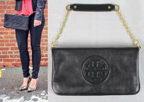 【送料無料】 Tory Burch bombe reva clutch 即発可!