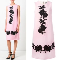 17SS DG791 WOOL CREPE SLEEVELESS DRESS WITH ROSE EMBROIDERY
