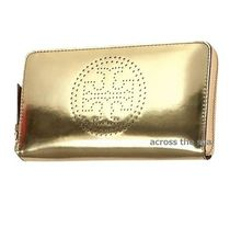ゴールド!★TORY BURCH★METALLIC PERFORATED 長財布