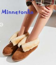 セール!Minnetonka Sheepskin Ankle Boot / Tan